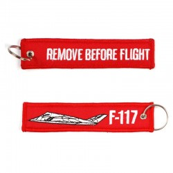Llavero Remove before Flight F-117