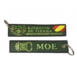 Llavero Remove before Flight - Mando de Operaciones Especiales (MOE)