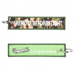 Llavero Remove before Flight Chinook Verde